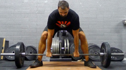 wide stance deadlift